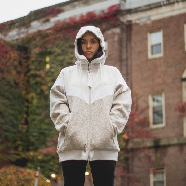 NIKE Sportswear NSW Sherpa WindRunner - Summit White/Light Bone