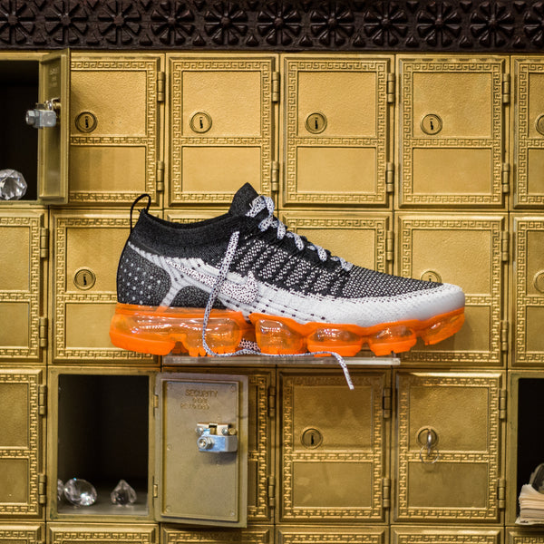 d3966978ed43a nike – Page 2 – History of New York Powered by  Sneaker Lounge