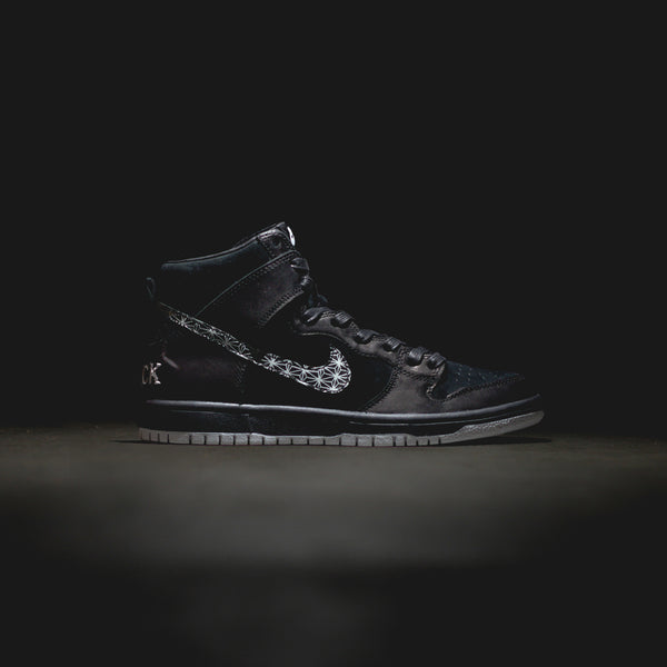 Nike SB Zoom Dunk High Pro - 'Always Bet on Black'