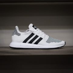 Adidas Swift Run - White/Black