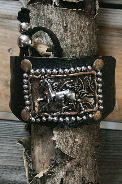 Running Horse Metal Adjustable Bracelet jewelry - SouthernGirlApparel.com