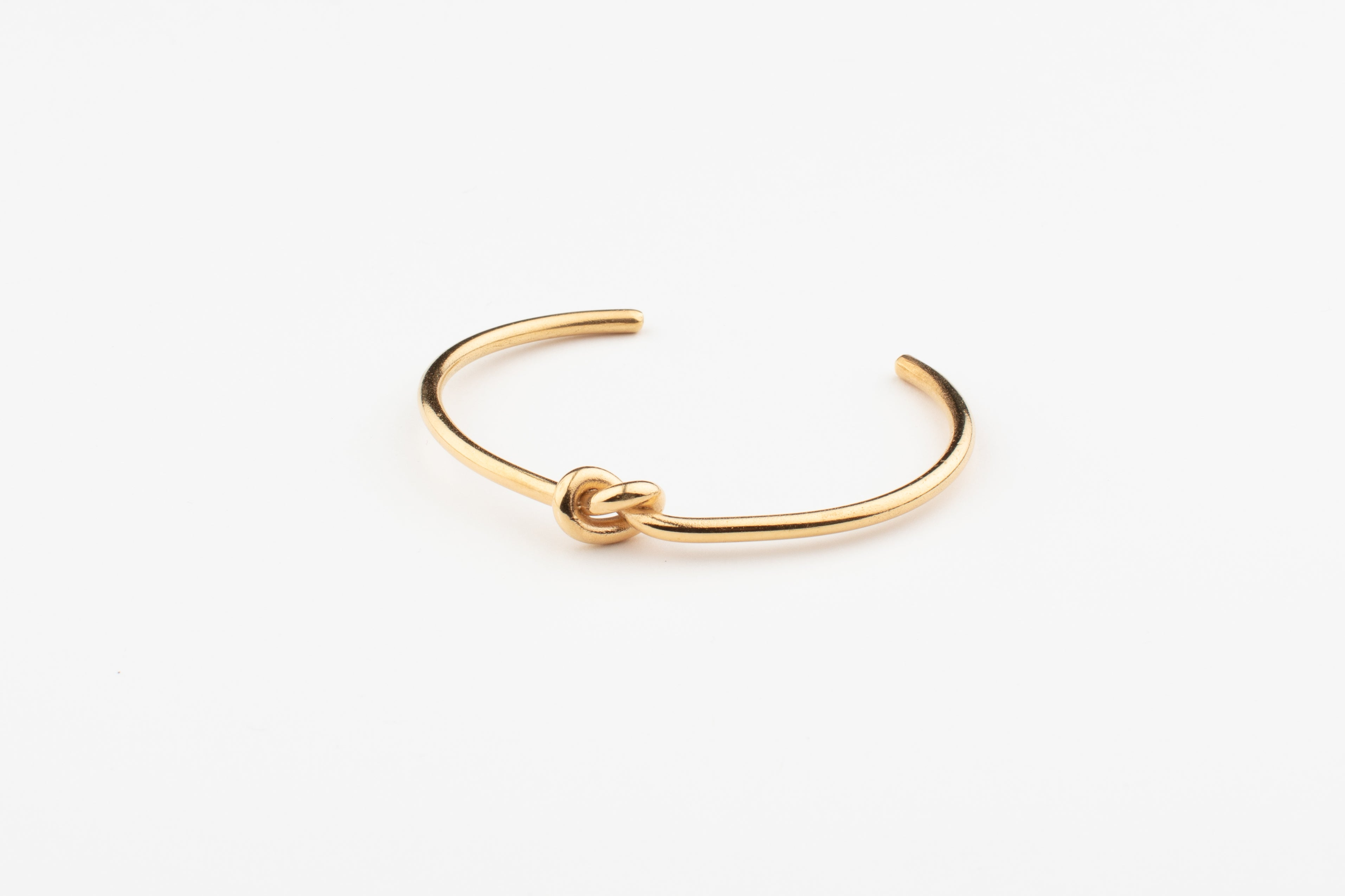 Simple Knotted Cuff