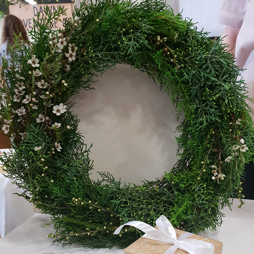 wild and yellow christmas wreath natural hand made beautiful nature Auckland New Zealand