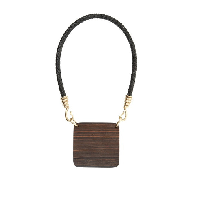 BCBGMAXAZRIA Wood Plate Necklace