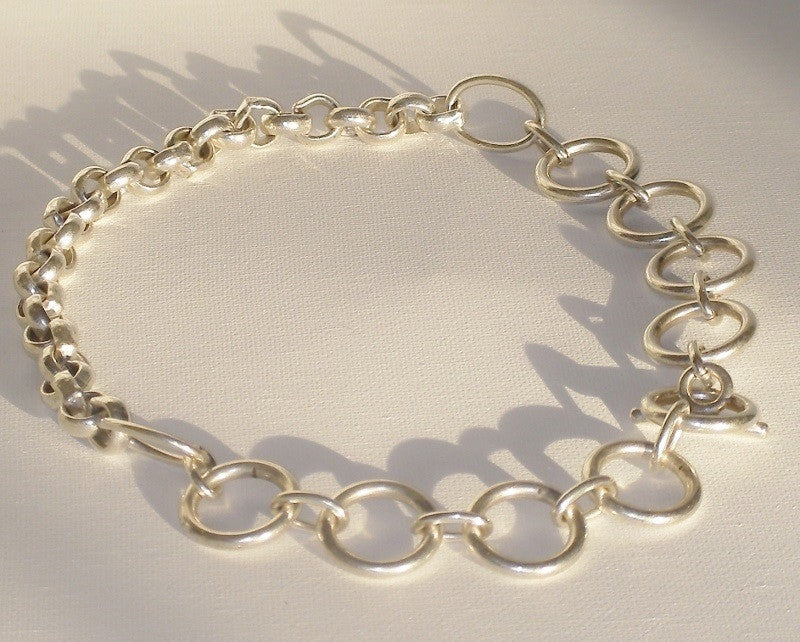 Massimo Dutti Chain Link Silver Plated Collar Necklace Closeup