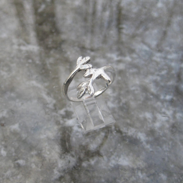 Sterling Silver Sprouting Leaf Ring inspired by nature's renewal, this adorable Sterling Silver ring features a sprouting leaf motif
