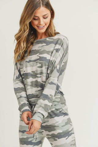 Relaxed Green Camo Print Set