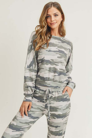 Relaxed Green Camo Print Pullover Top