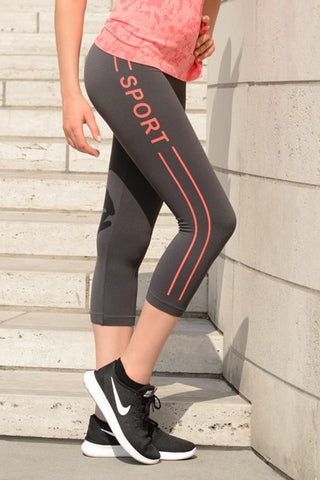 Good Sport Seamless Capri Leggings