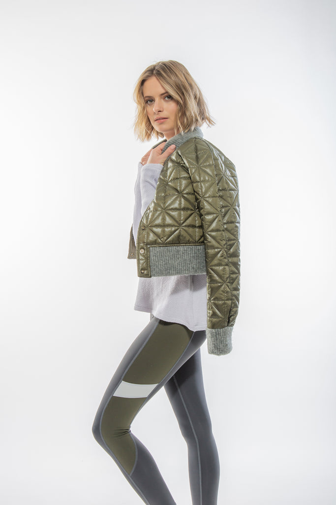Fashionable Cropped Puffer Jacket for women