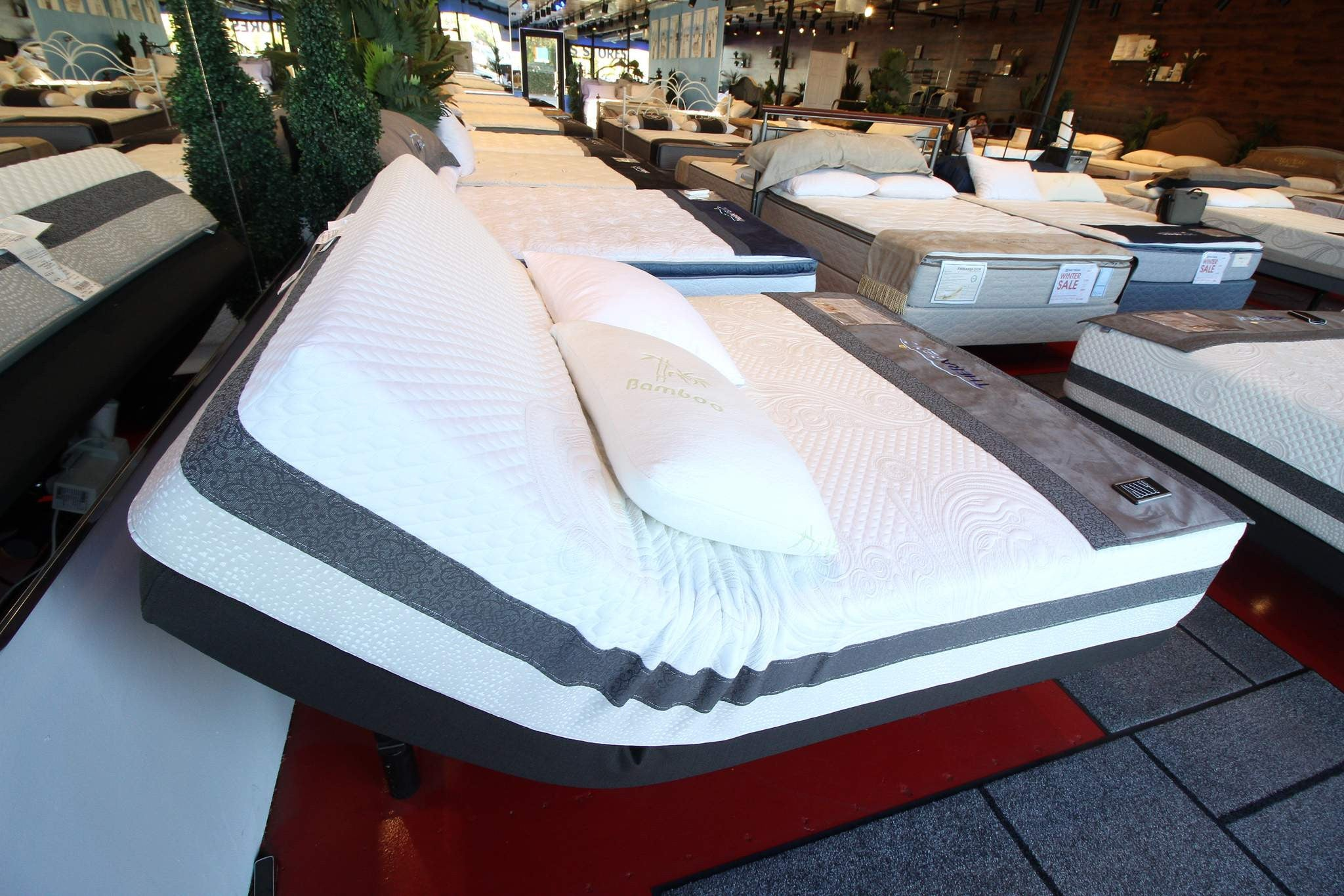 Adjustable Bases Memory Foam Plush Mattress in Woodland Hills Mattress Stores Los Angeles