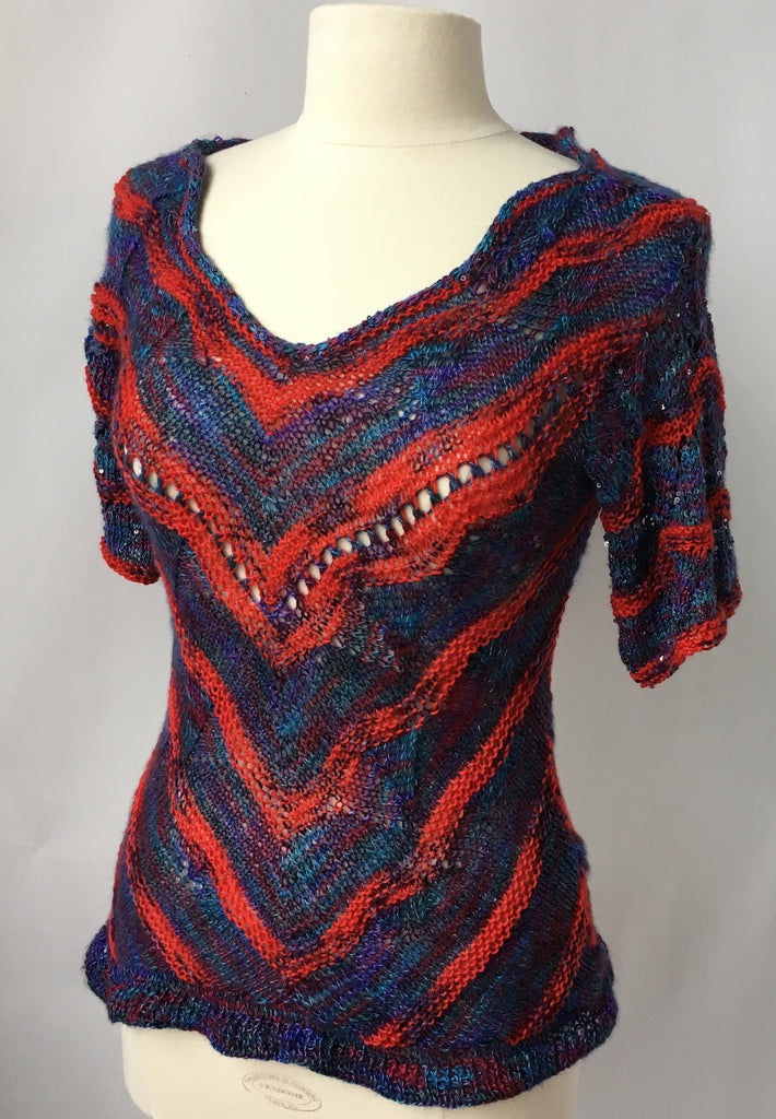 ARTYARNS  Kit - Curved Triangle Top