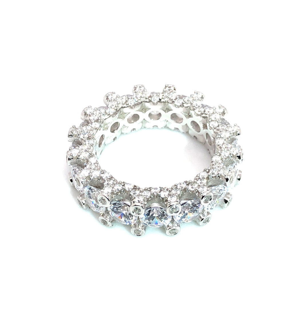 Icy Cluster Ring