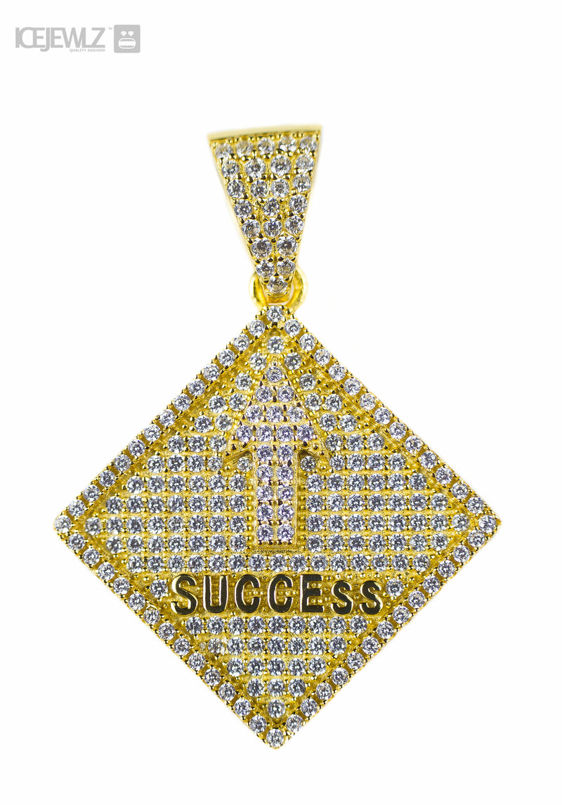 Success Micro pendant (Gold plate)