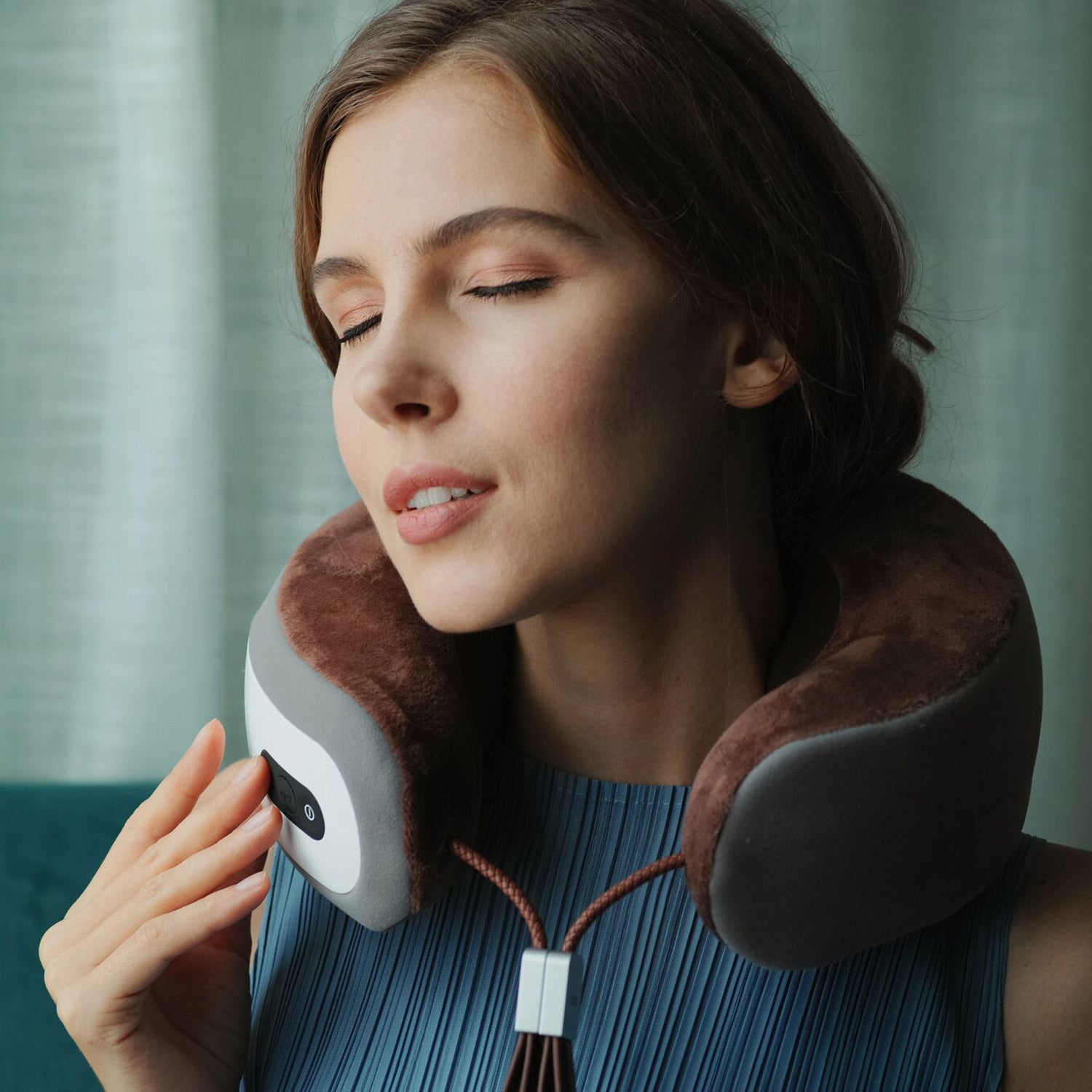 iNeck 3 Electric Massage Neck Pillow