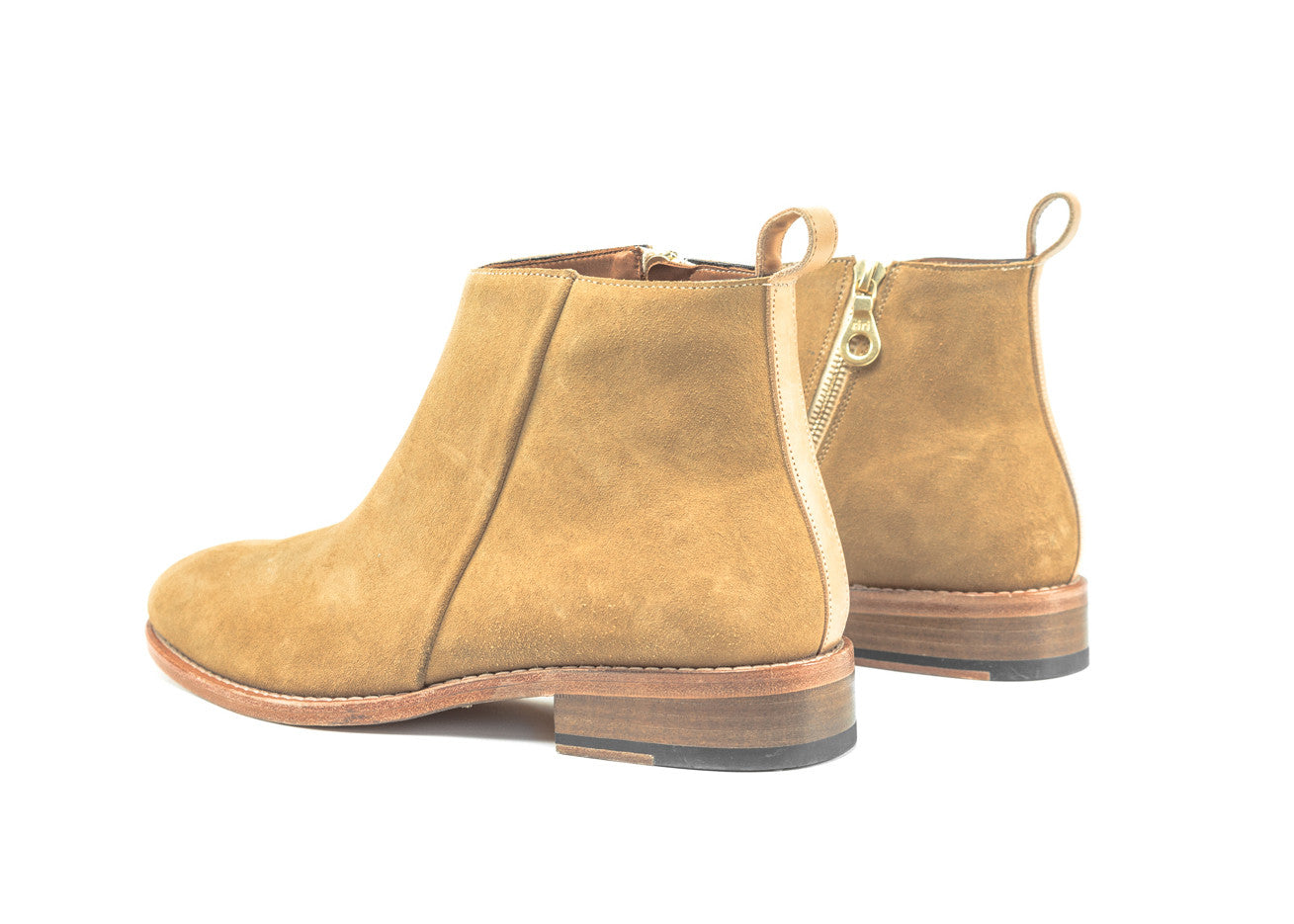 "Classic Pillar Zipped Boot ""Desert"""