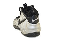 "Nike Air Foamposite Pro ""Silver Surfer"""