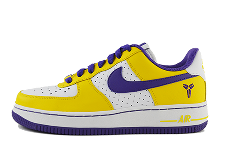 the latest 9dc41 c629f KOBE BRYANT. Nike Air Force One Low (GS) ...