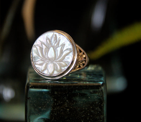 Mother of pearl carved Lotus Ring