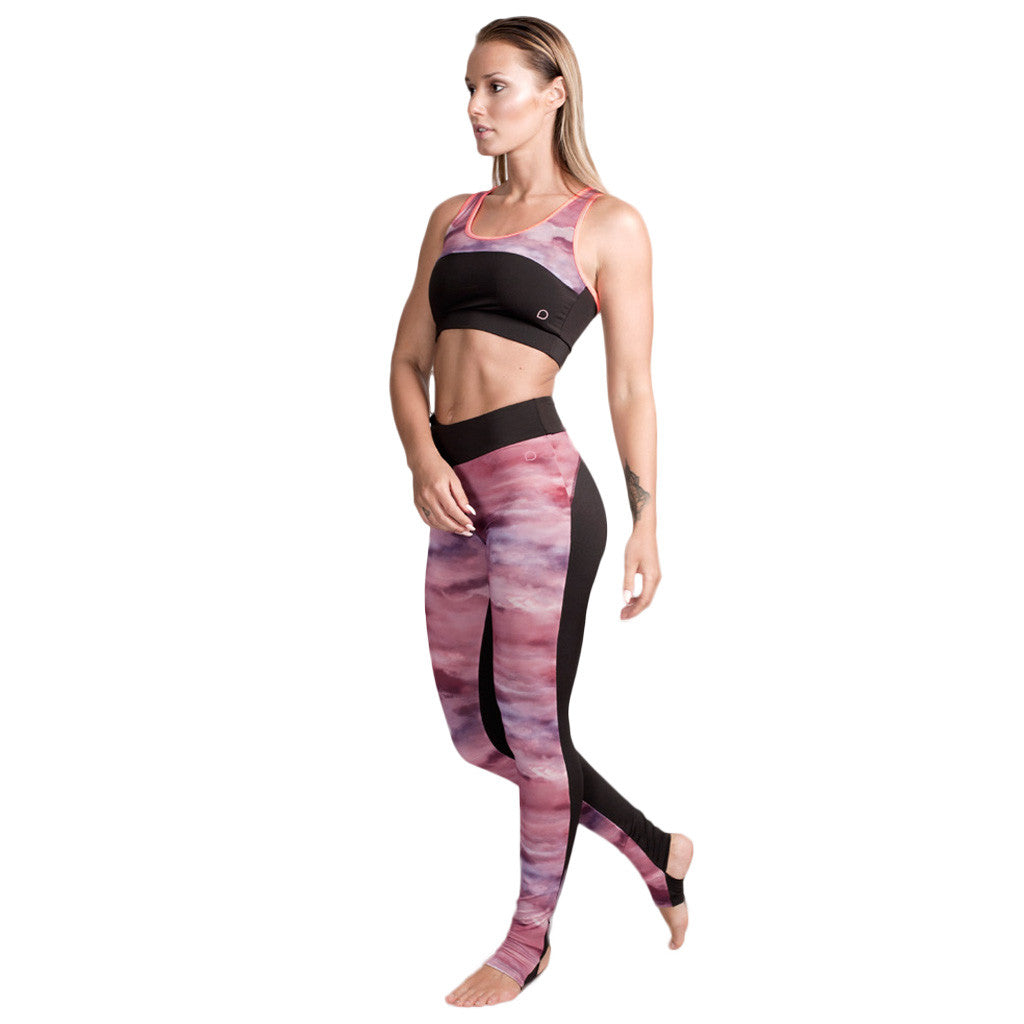 Drop Of Mindfulness Estelle Yoga Leggings Sky Print Heel Opening Mallas de Yoga Estampado Nubes Apertura Talon