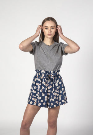 Wonder Short // Navy Bloom