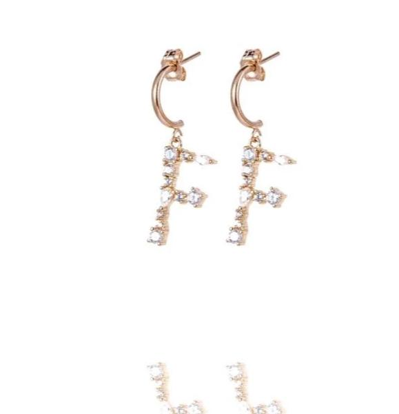 Letter Earrings - Ohrring mit Buchstabenanhänger - Gold - CLASSYANDFABULOUS JEWELRY
