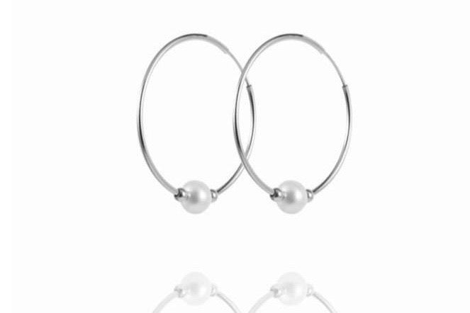 ALETTA Hoops - Creole mit Perle - Silber - CLASSYANDFABULOUS JEWELRY