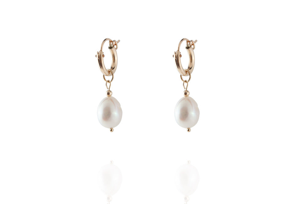 The Pearl Earring - Gold - CLASSYANDFABULOUS JEWELRY