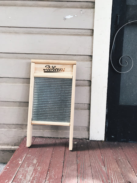 How To Use A Washboard