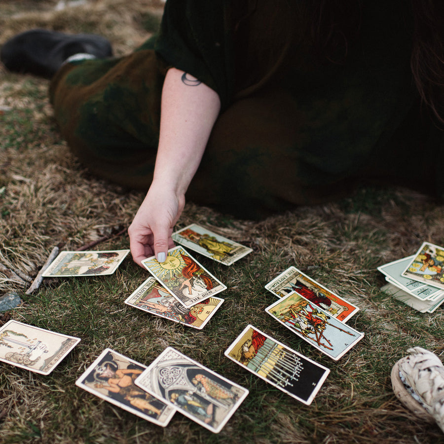 10.22.17 // Tarot and Flower Essences for Self-Care with Sarah Chappell // 5:30-8:30pm