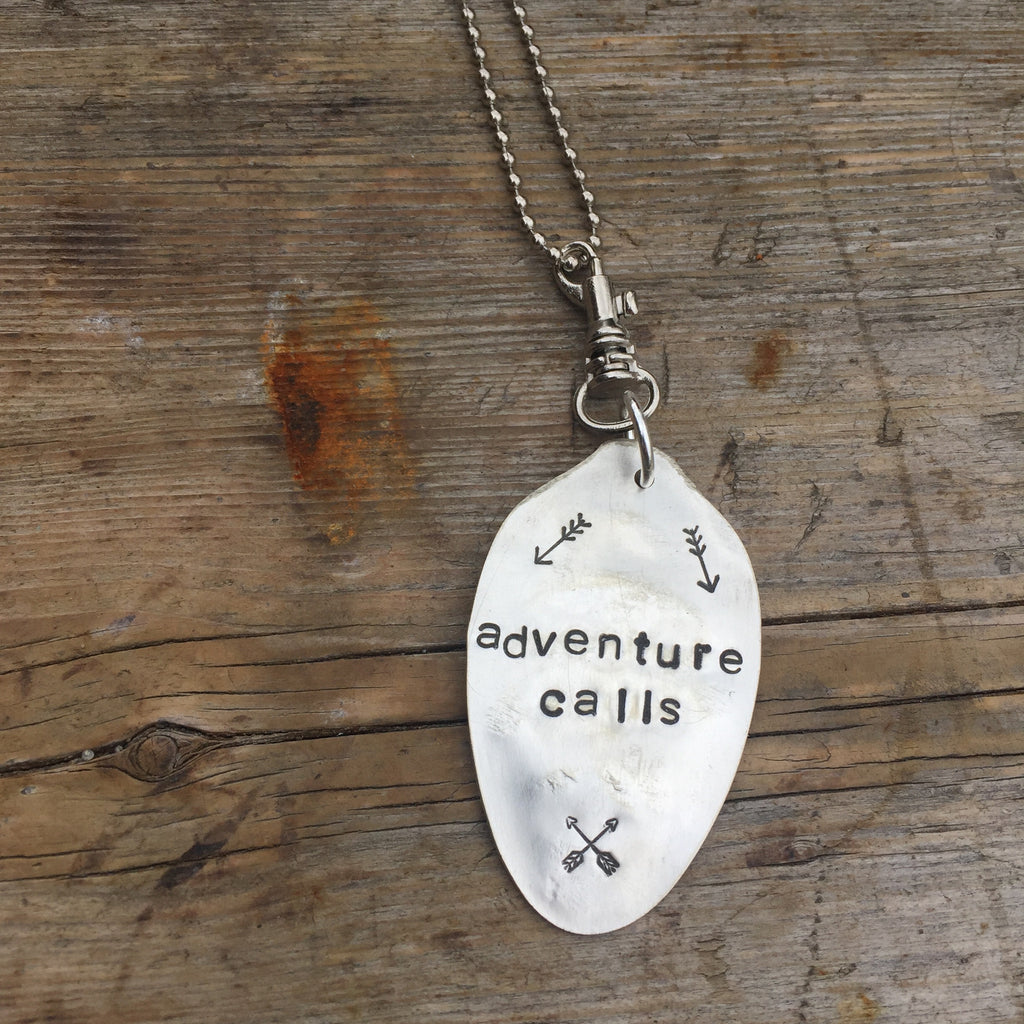 """adventure calls"" Spoon Necklace with arrows"