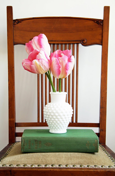 mothers-day-flowers-simple-arrangements-tulips