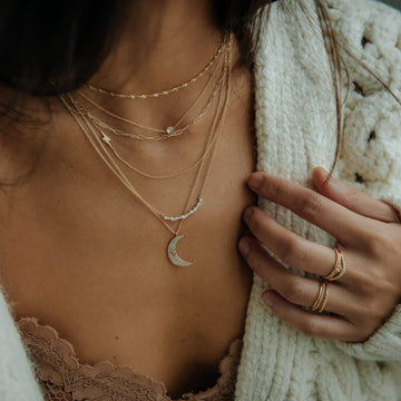 moonlight necklace on body}