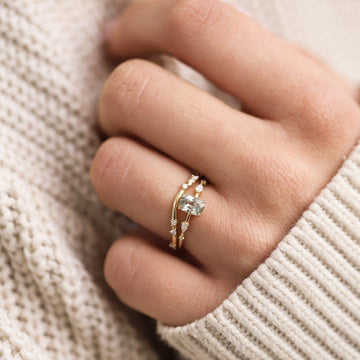 alate ring on body}