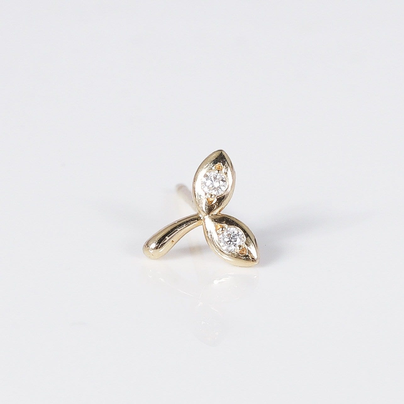 original seedling Stud Earring - 14k Yellow Gold, white Diamond