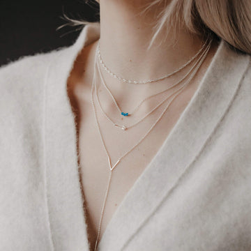 v and bar lariat necklace