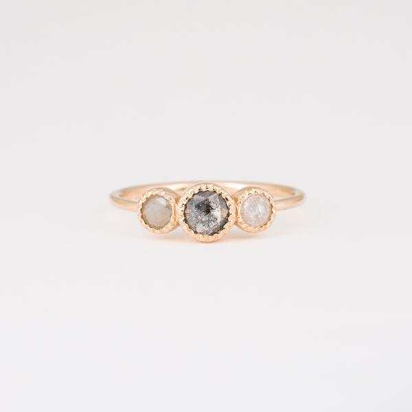 Moonstruck Ring - 14k Gold, Grey Diamond