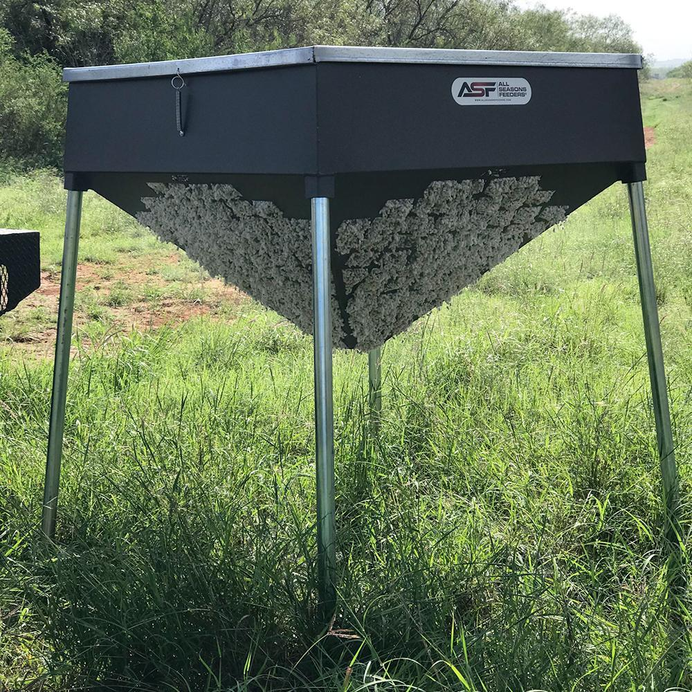 500lb Cottonseed Feeder