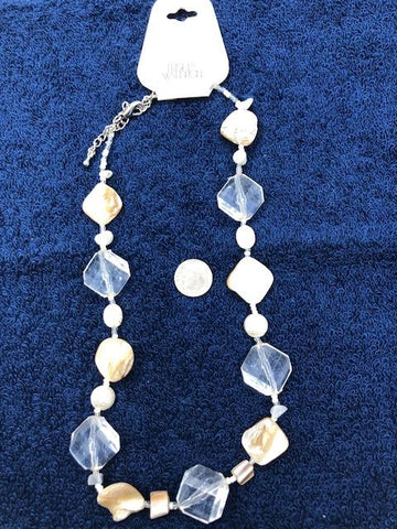 Clear crystal like with amber like necklace with no earrings