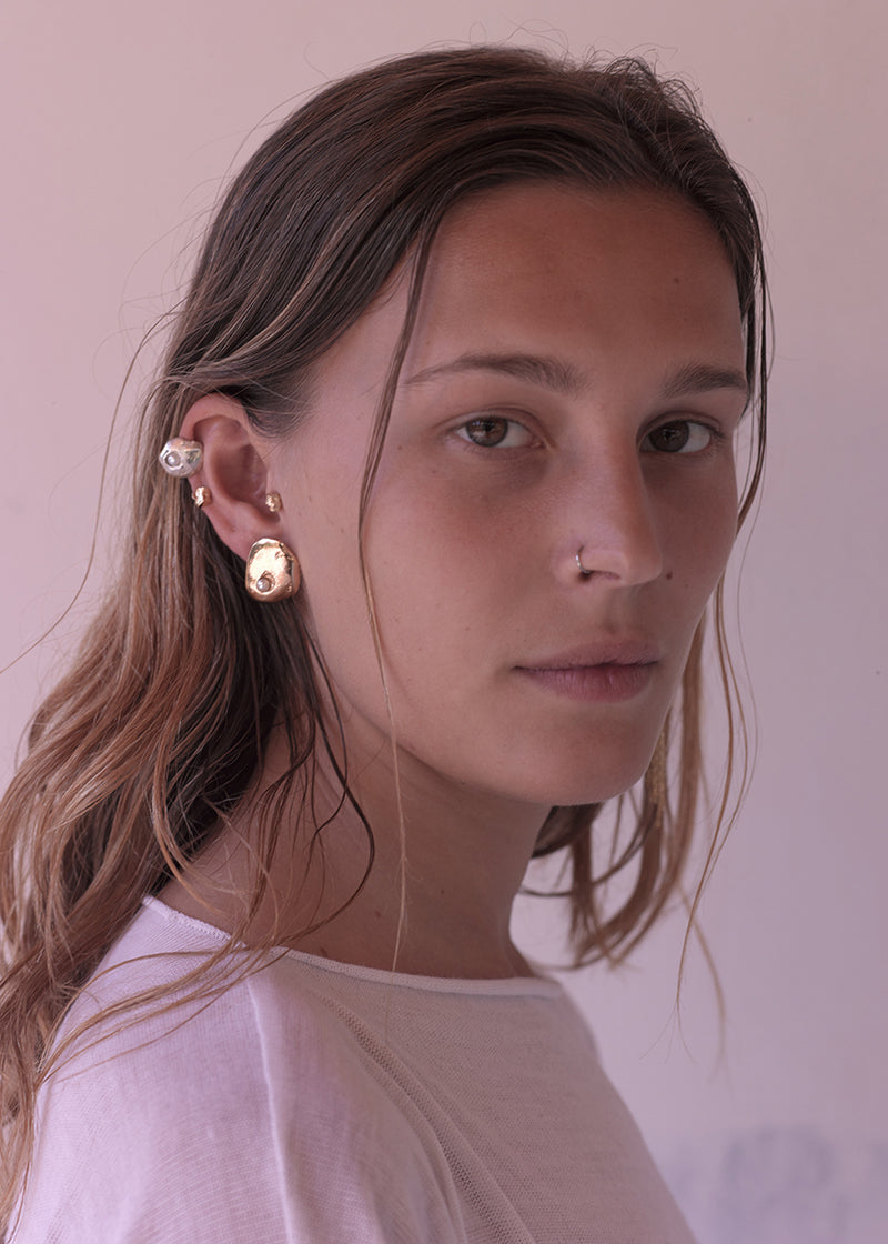 OYSTER EARRING - Ruby Star