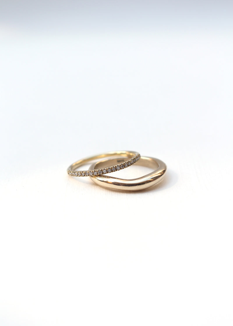 GOLD CURVE I RING - Ruby Star