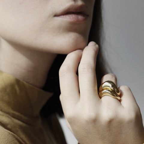 GOLD CHUNKY COIL RING