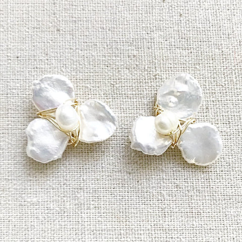 Mini Petal Studs in Pearl