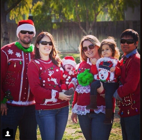 Ugly Christmas Family Pictures.Ugly Christmas Sweater Family Photos Woestenhoeve