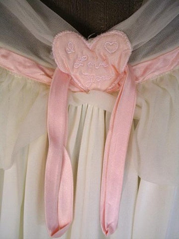 "VINTAGE EYE FUL BY RUTH FLAUM ""I LOVE YOU"" VALENTINE PINK PUFFED HEARTS CREAMY PEIGNOIR & NIGHTGOWN SET"