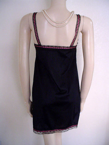 VINTAGE VAN RAALTE BLACK LACE & HOT PINK MINI SLIP