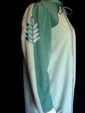 VINTAGE BILL TICE NEIMAN MARCUS VELOUR ROBE ADORNED WITH EMBROIDERED LEAF APPLIQUES