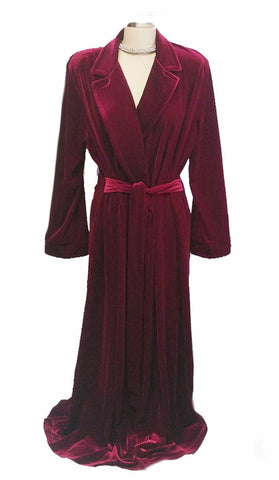 NEW - DIAMOND TEA LUXURIOUS WRAP-STYLE VELVET VELOUR ROBE IN CRIMSON - SIZE EXTRA LARGE - I ONLY HAVE 1 ROBE IN THIS SIZE AND COLOR  - WOULD MAKE A WONDERFUL GIFT!