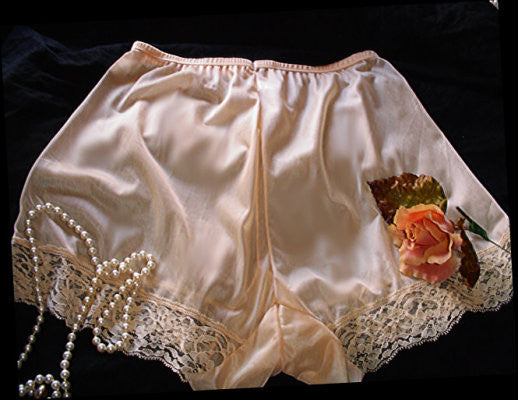 VINTAGE LACE SEMI-SHEER TAP PANTIES IN GOLD DUST WITH DOUBLE NYLON WIDE CROTCH