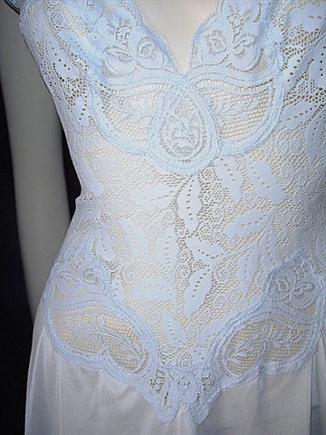 RARE OLGA  ALL-LACE SPANDEX BODICE NIGHTGOWN IN CHERUB BLUE - SIZE LARGE